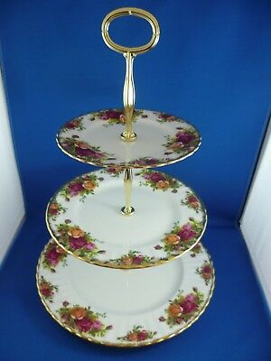 Royal Albert Ltd 1962  Old Country Roses 3 Tier Cake Stand England