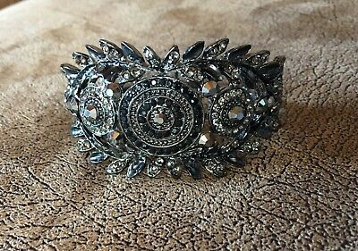 vintage costume black crystaled braclet! Black metal! Beautiful