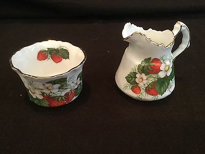 Mini Creamer And Open Sugar Strawberry Ripe Hammersley & Co.