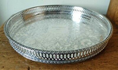 SUPERB 1975 VINTAGE CIRCULAR SHEFFIELD SILVER PLATED GALLERY TRAY on 3 Ball Feet