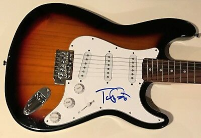 Tom Petty Signed Guitar Tom Petty Autographed Stratocaster Guitar Heartbreakers.
