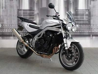TRIUMPH Speed Triple 955 .