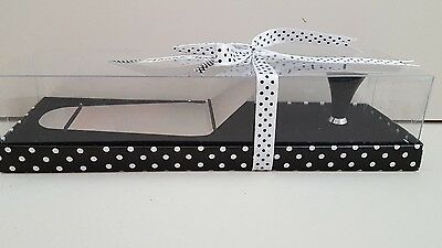 Stylish Stainless Steel Cake Server 'Shoe' Magnetic Heel Rest: Gift Boxed