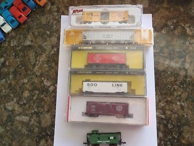 Model Trains N Scale 5 Ass., Box Cars 1 Caboose
