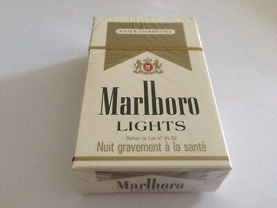 "Ancien paquet de cigarettes plein ""marlboro"" pour collection"