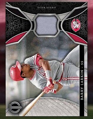 TOPPS DIGITAL MLB Bunt 17 Card Trader: Tribute Relics Series: Barry Larkin/Jerse