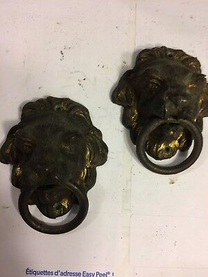 Ingraham Mantle Clock Ornate Cast Metal Lion's Head Decorations