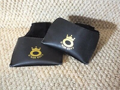O'min Snooker or Pool Chalk Pouch / holder in leather.
