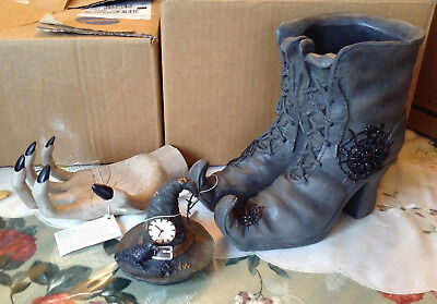 Yankee Candle Spellbound Witch Boots Jar Holder Hand Topper Raven Halloween Nwt