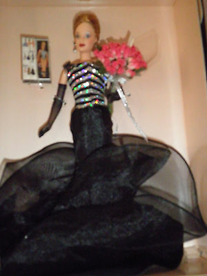 Barbie Collector. 40th Anniversary Barbie 1999