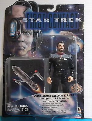 1996 STAR TREK First Contact WILLIAM T. RIKER Playmates 16102 Action Figure MOC