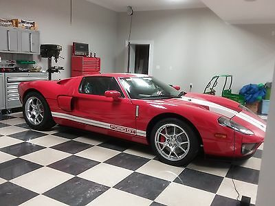 """2005 Ford Ford GT Base 2dr Coupe 2005 Ford GT Only 2.6 miles """"THE ONE"""" 4 Option"""