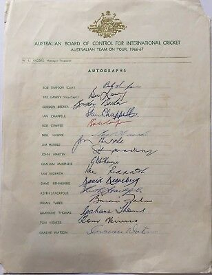 Australia 1966-67 Cricket Autographs *free Dhl Shipping Worldwide*