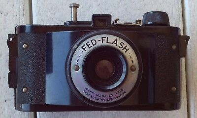 Vintage Federal Fed-Flash Camera with Flash-Matic Shutter 64mm Ultrafed Lens