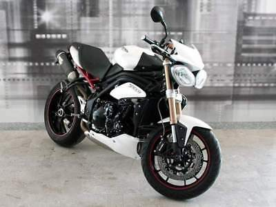 TRIUMPH Speed Triple 1050 .