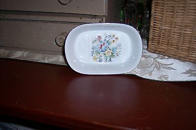 Vintage Shabby Chic White Ceramic Soap Dish with Floral Art Design - Beautiful