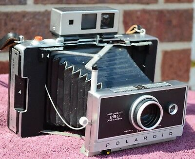 Polaroid 250 Camera w/ Manual, ColdClip, AAA Battery Converter, Film TESTED