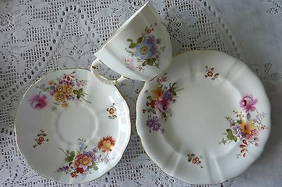 Royal Crown Derby England Derby Posies Trio Tea Cup Saucer Plate 1921 - 1965