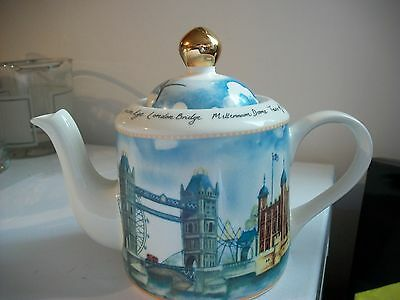 Vintage- Arthur Wood- Teapot-Designed In England