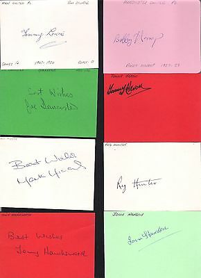 Card signed by Tommy Heron the MANCHESTER UNITED Footballer