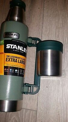 Stanley 1.3L Classic Flask Hydration Flasks Bottles Mugs Green, brand new