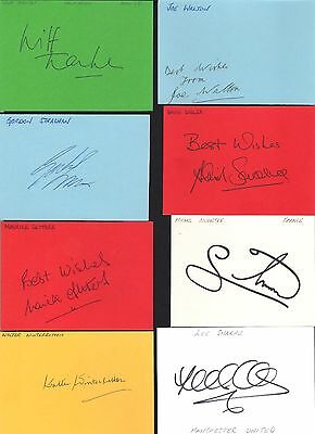 Card signed by Wilf Tranter the MANCHESTER UNITED Footballer.