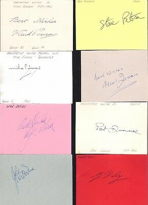 Signed card by GERRY DALY the 1973-77 MANCHESTER UNITED footballer.