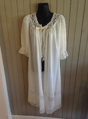 WOW!!  very vintage Countess Layne antique white sheer robe size 32