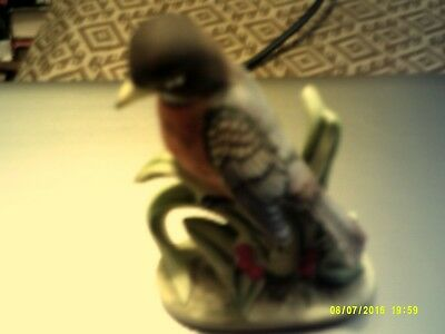 ROBIN FIGURINE ceramic 4 1/2 inch Lefton china