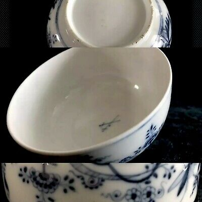 Rare Large 18th Century Meissen Porcelain Blue Onion Unusual Signed Mark