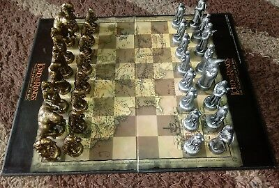 Lord Of The Rings The Fellowship Of The Ring Pewter & Bronze Effect Chess Set