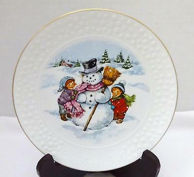 """AVON 1986 """"A CHILD'S CHRISTMAS"""" Porcelain Collector Plate w/ 22K Gold Trim"""