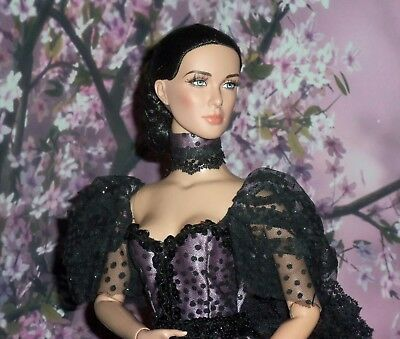 """Tonner American Model And Other 22"""" Dolls"""