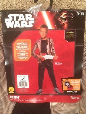 Disney Star Wars Finn Child Costume Size Small (Ages 3 - 4) Brand New With Tags