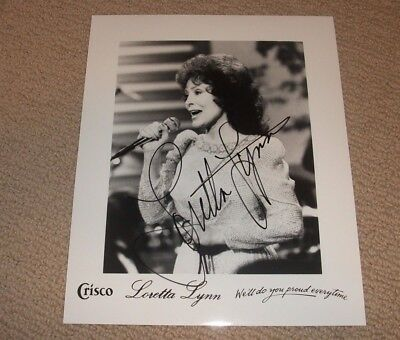 Loretta Lynn - Autographed 8X10 Promo Photo *signed* Country Music Legend Singer