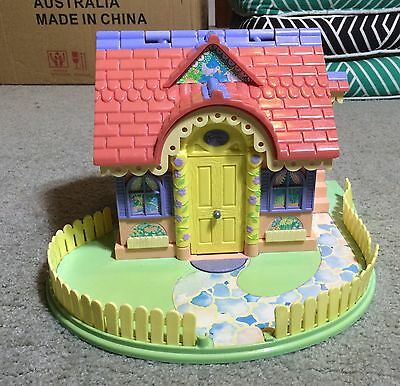 Bluebird Lucy Locket Carry Dream House Toy - 1994 - Retro, Vintage, Polly Pocket
