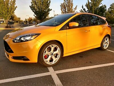 2013 Ford Focus ST3 2013 Ford Focus ST -Fully Loaded - ST3 Package - Leather Recaro Seats