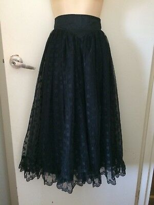 Beautiful VINTAGE full skirt made in England
