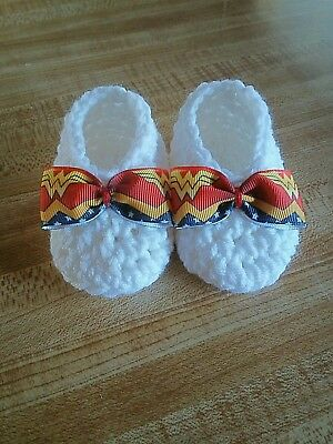 Wonder Woman Baby Booties - Newborn up to 3 months - Baby Shower Gifts - Marvel