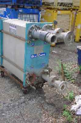428 sq ft stainless steel PLATE & FRAME HEAT EXCHANGER ALFA LAVAL 75 psi