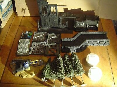 Warhammer /LOTR Scenery / Castle Ruins/Trees / Sand / Grass and more