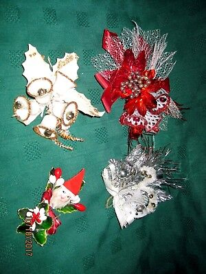4 Vintage Christmas Corsage Sugar Bell Glass Beads Santa Holly Berry Foil Leaves