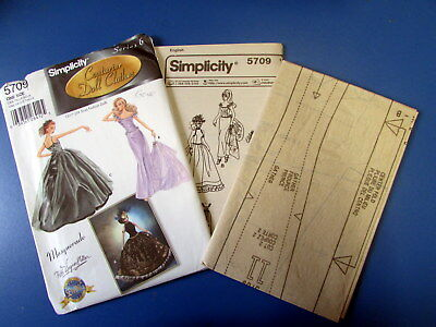 Gene Marshall Simplicity Pattern #5709  - Never Used