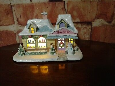 "2004 Precious Moments Hawthorne Village ""heart And Sole Shoe Store"" Lighted"