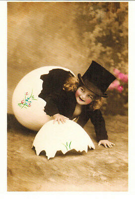 HAPPY CHILD AND EGG SHELL Modern Russian postcard Repro of card publ. in Austria