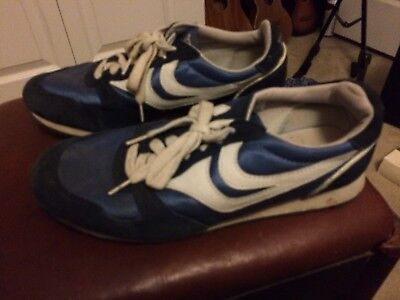 Vintage Trax Running Sneakers 10.5 Blue Very Nice