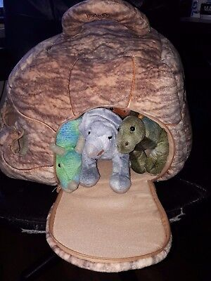 FAO Schwartz Toy 7 Plush Dinosaurs & Rock Cave Carrier VG