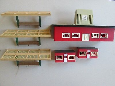 HO OO Triang Tri ang Hornby terminus station platform canopy x3 newspaper stands