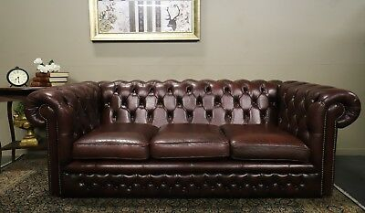 Stunning Vintage Gascoigne Chesterfield 3 Seat Sofa Couch Lounge Suite