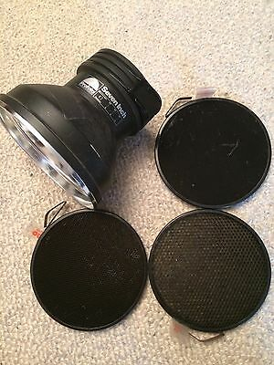 "Profoto 7"" Grid Reflector for Profoto Flash Heads with 10, 20, and 30 degree gri"